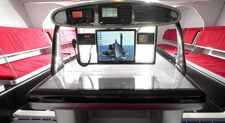 AIR-board-Alfa-Romeo-Yacht-I.jpg