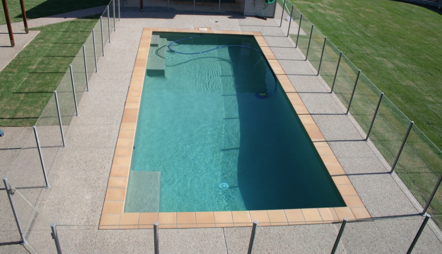 Installation_-_Swimming_Pool_Fencing.jpg