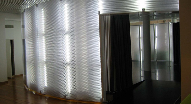 Clear-PEP-UV-PC-Partition-Wall.jpg