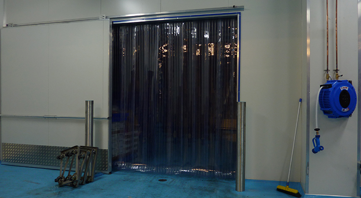Clear-Flexible-PVC-Factory-strip-Curtains1.jpg