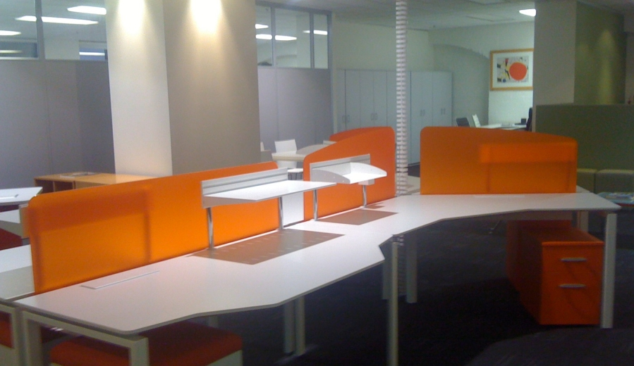 PERSPEX Frost - Workstations Orange Crush.jpg