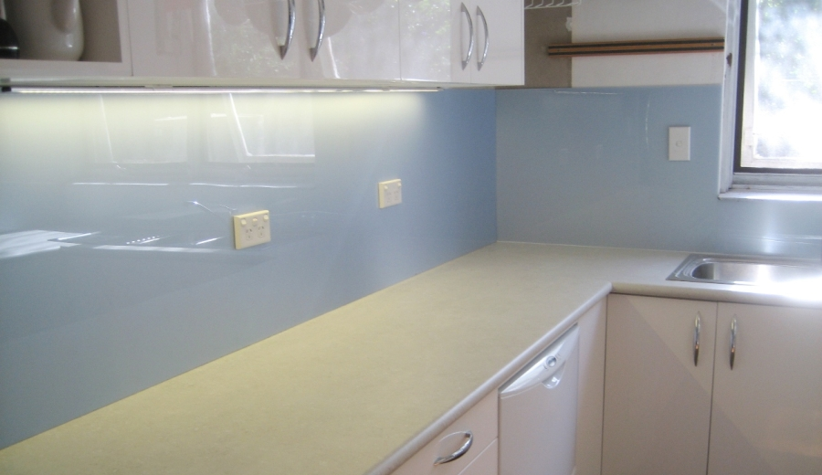 PERSPEX Pearlescent - Kitchen Splashback.jpg