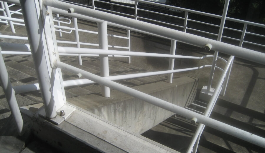 Polycarbonate - Sydney Football Stadium Balustrade II.jpg
