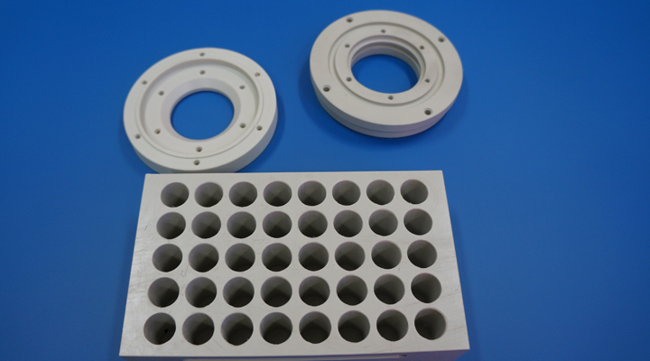 Polypropylene-Lab-rack.jpg