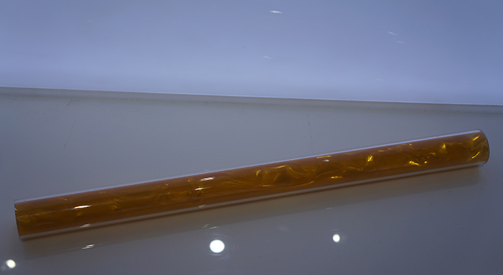 Rowlux-Film-inserted-in-Acrylic-Tube-I.jpg