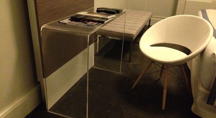 Acrylic_Furniture.jpg