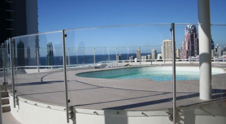 Acylic-Pool-Fencing.jpg