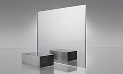 New_Options_in_Polycarbonate_Mirror_Sheets