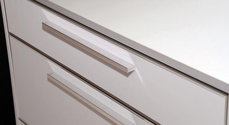 AliFrost-with-Light-Grey-S2-9642.jpg