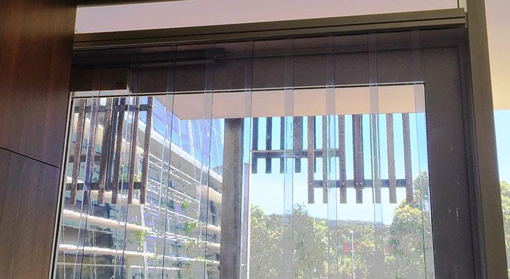 clear-pvc-strip-curtain-2.jpg