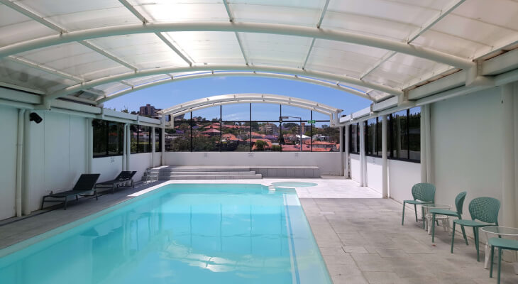 Polycarbonate in swimming pools.jpg