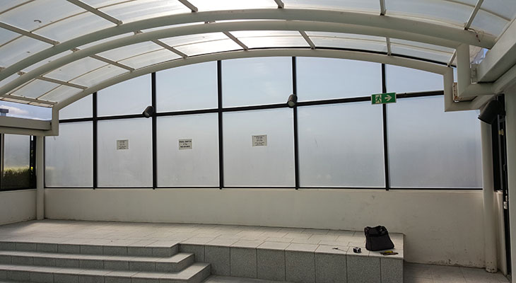 Mar-Resistant-Polycarbonate-Glazing-for-North-Sydney-Pool3.jpg